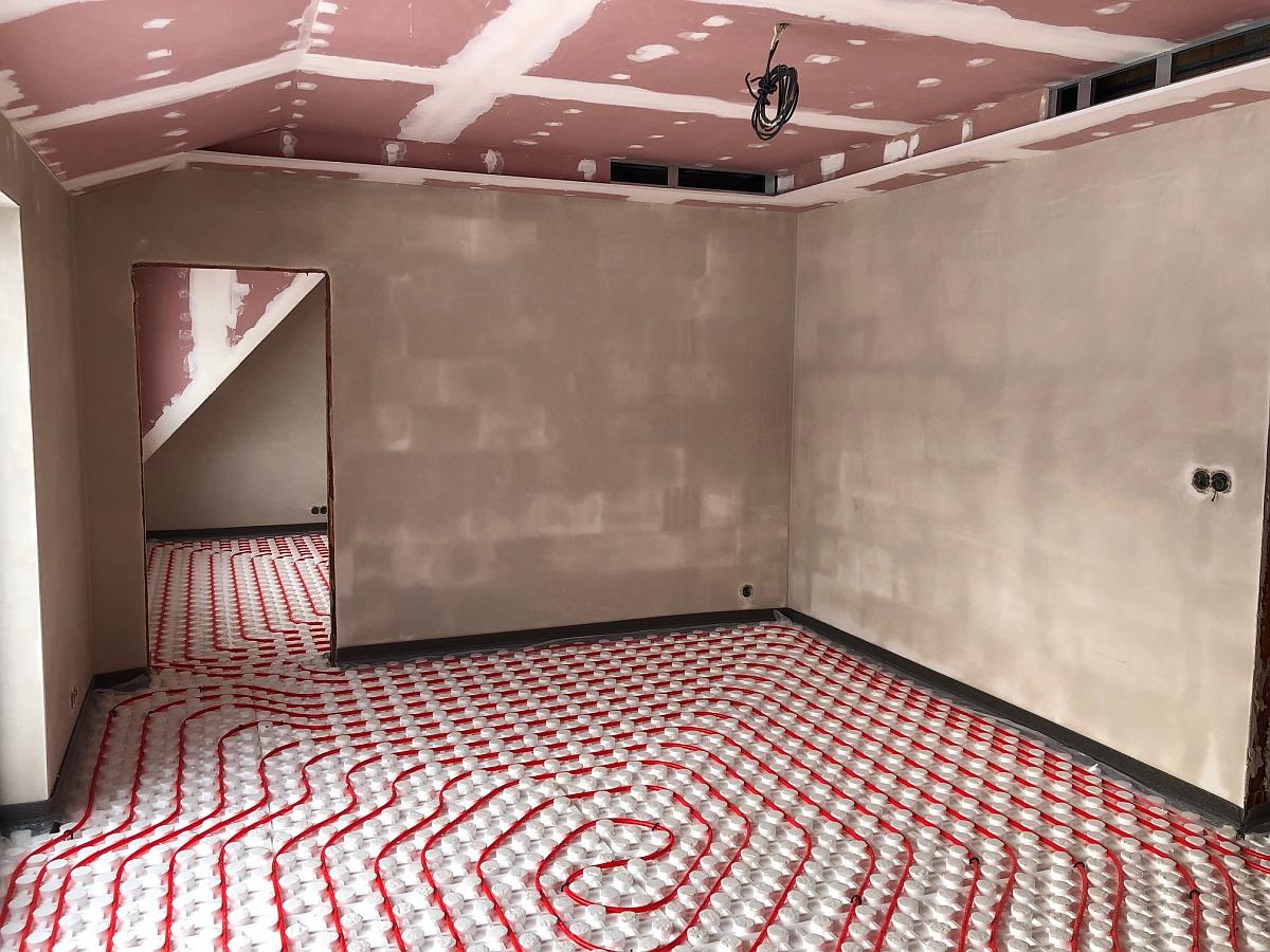 Podlahové topení, konstrukce stropních podhledů